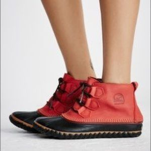 SOREL Sz 8.5 Out N About Waterproof Rain Mud Boots